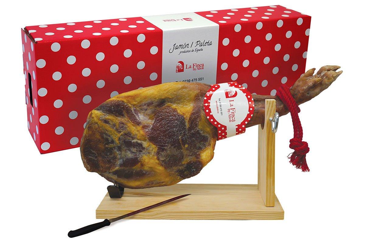 Package design pentru La Finca – Restaurant spaniol si importator de jamon autentic din Spania